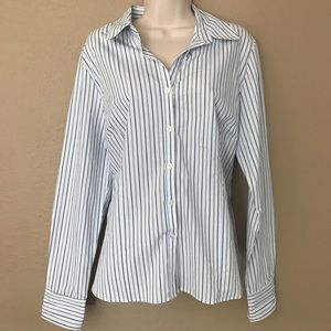 George Button Down Long Sleeve Blouse in Large